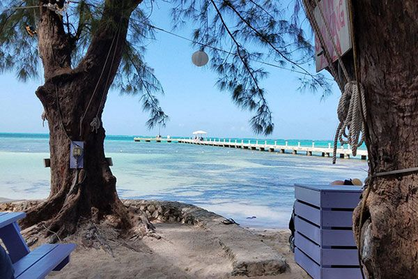 Exploring the Beauty of Grand Cayman's Eastern Side